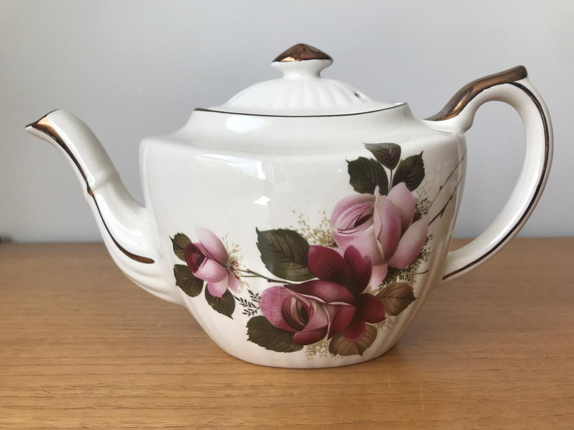 Gibsons & Sons Ltd. Teapot, Dusty Rose Teapot, English Rose Tea Pot with Bronze Accents