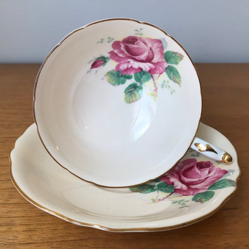 Paragon Pink Roses Vintage Teacup and Saucer, Peach Tea Cup and Saucer, English Large Rose Flower, Fine Bone China, Double Warrant, 1940s
