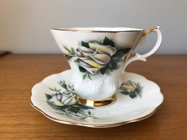 Royal Albert Helen Sweetheart Roses Series, Vintage Teacup and Saucer, White Rose China Tea Cup and Saucer, Signed F.F.Errill