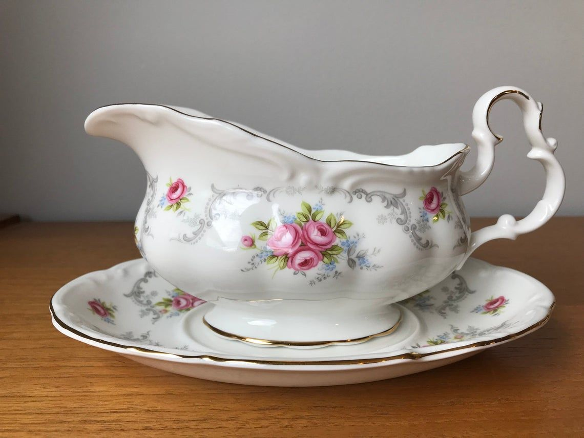 """Gravy Boat with Under Plate, Vintage Bone China Royal Albert """"Tranquility"""" Gravy Dish With Underplate"""