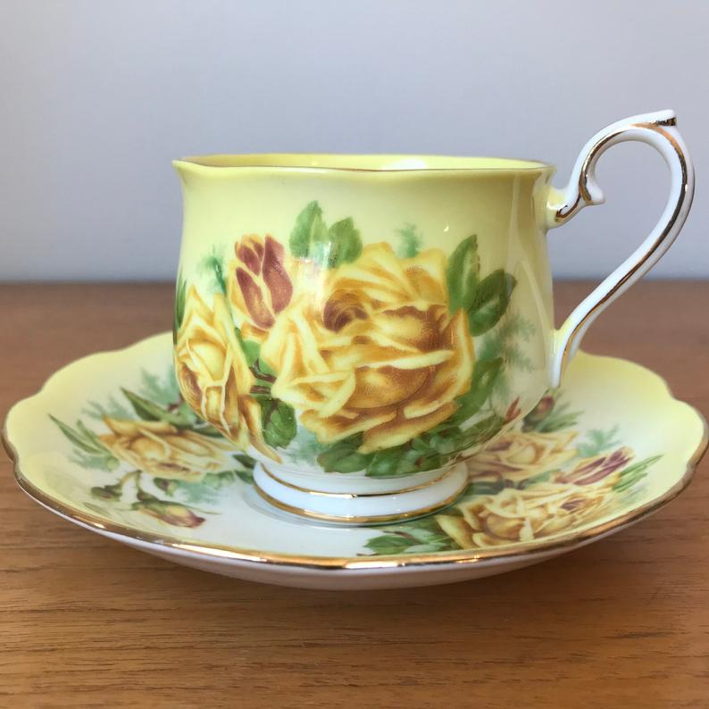 Royal Albert Yellow Rose Tea Cup and Saucer, Yellow Ombre Teacup and Saucer, Fine Bone China 1950s
