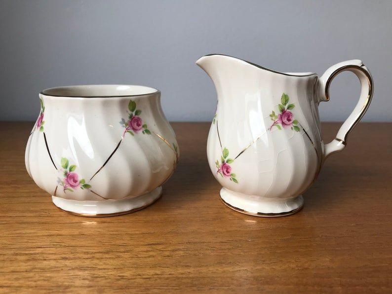 Sadler Pink Roses Cream and Sugar set, Floral Vintage Creamer and Sugar Bowl set, English Earthenware