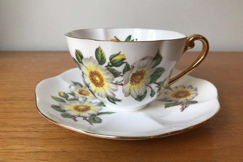 Shelley Vintage Teacup and Saucer, White and Yellow Flower Tea Cup and Saucer, English Floral Bone China, Wild Rose, Dogwood