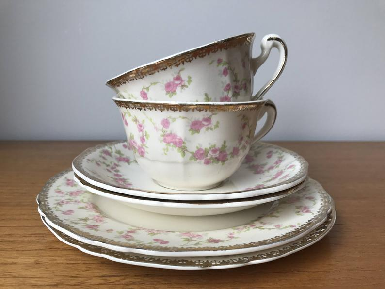 Alfred Meakin Harmony Rose Small Pink Rose Teacup Trios, Tea Cups, Saucers, Plates, 18 karat Gold