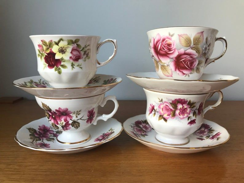 China Tea Cups and Saucers et of Four, Mismatched Tea Set, Pink Floral Teacups and Saucers, Queen Anne Rosina