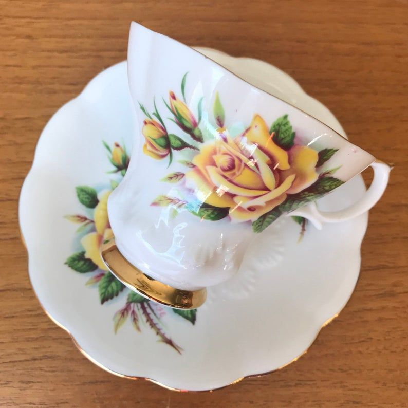 Royal Albert Tea Cup, Yellow Rosemary Sweetheart Roses Series Teacup and Saucer, Bone China